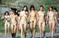 Group naked skinny girls, vacation..